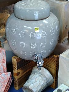 三島焼酎壺